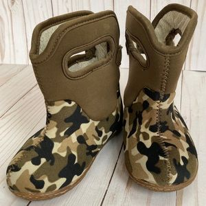 Camouflage Baby Bogs